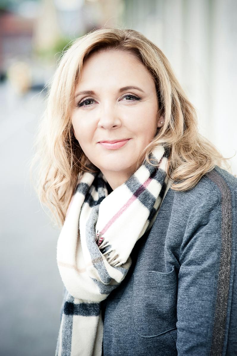 Ulla Born, 1augenblick, Fotografie, Portrait, Portraitfotografie, Düsseldorf, Business, Businessfotografie, Photografie, Portrait, Frauen über vierzig, fabulous forties,